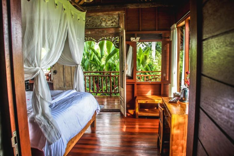 Kubu Jamu has 3 accommodations with private balconies. Among the facilities of this property are a restaurant, a 24-hour front desk and room service, along with free WiFi.